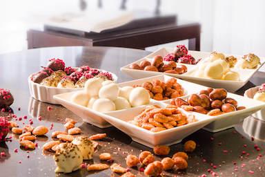 Weiße Schalen aus chinesischem Porzellan für Nüsse, Trockenfrüchte und andere Süßigkeiten | Fru'Tree
