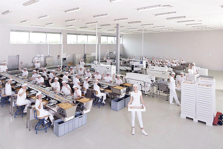 Vetter Slovakia je výrobca čokoládových dobrôt a baliareň sušeného ovocia a ovocia
